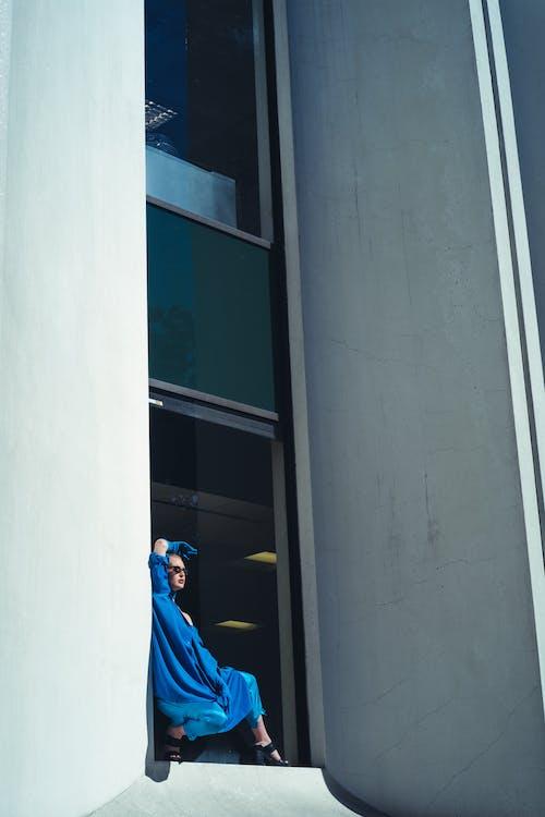 Photos gratuites de bleu, citadin, combinaison, espace extérieur