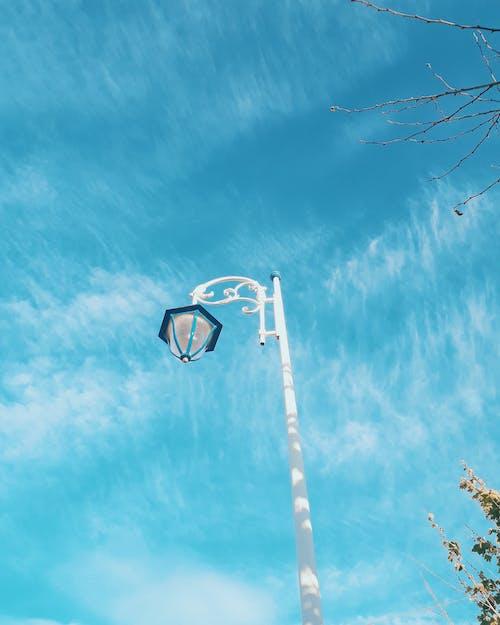 Δωρεάν στοκ φωτογραφιών με γαλάζιος ουρανός, διάθεση, δρόμος, ελαφρύς