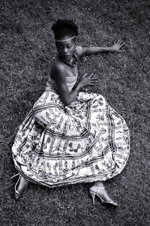 Gratis lagerfoto af afrika, kjole, kvinde, mode