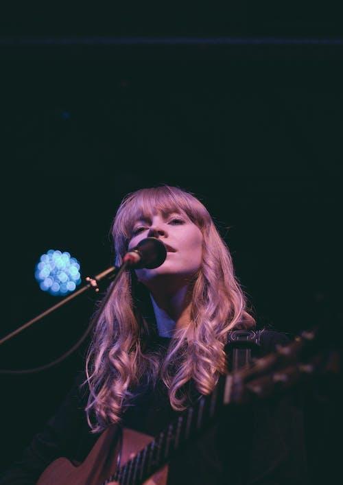 Fotos de stock gratuitas de #lucyrose #concert #show #canon # 50mm
