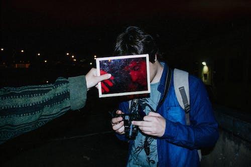 Fotobanka sbezplatnými fotkami na tému fotka, fotoaparát, fotograf, fotografia ulice