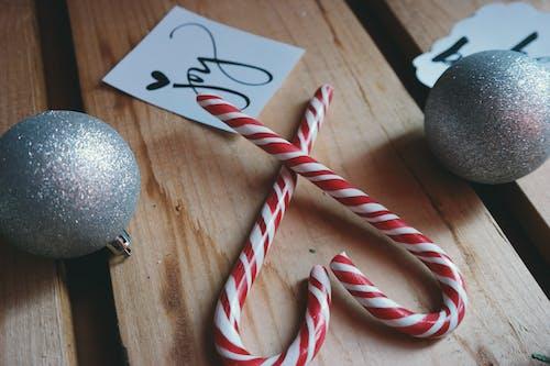 Immagine gratuita di bastoncino di zucchero, brillare, cuore, dolci