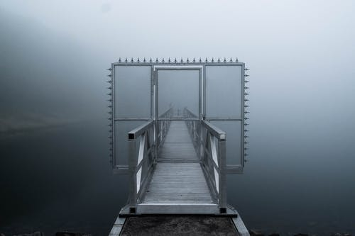 Kostnadsfri bild av berg, dagsljus, dimma, grå