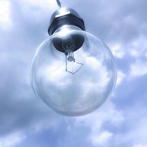 Základová fotografie zdarma na téma bầu trời, bóng đèn, bóng đèn dây, bóng đèn tiết kiệm năng lượng