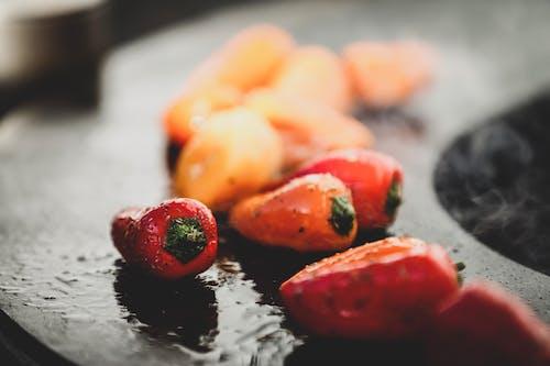 Безкоштовне стокове фото на тему «вогонь, дим, їжа, овочі»