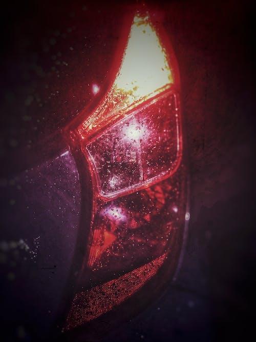 Kostenloses Stock Foto zu auto rücklicht, gedimmtes licht, low-light-fotografie