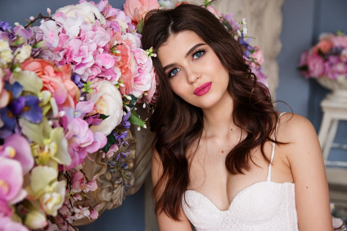 """5 Places to Do Your Wedding Makeup for (Almost) """"Free"""" in Chicago"""