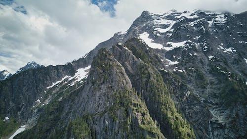 DJI, 구름, 산, 하이킹의 무료 스톡 사진