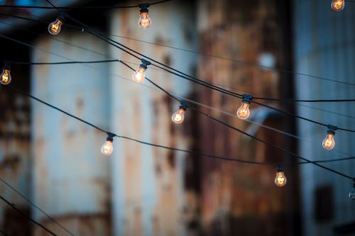 Kostenloses Stock Foto zu beleuchtet, beleuchtung, dekorativ, drähte