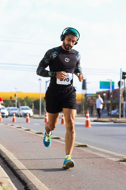 Безкоштовне стокове фото на тему «бігун, відпочинок, гонка (змагання), дія»