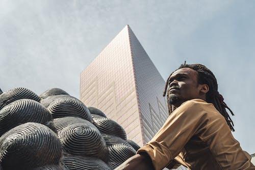 Δωρεάν στοκ φωτογραφιών με άνδρας, άνθρωπος, αρχιτεκτονική, αστικός