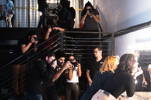 Gratis stockfoto met bijeenkomst, boven, camera, entertainment