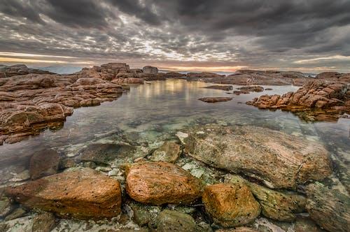 คลังภาพถ่ายฟรี ของ การถ่ายภาพทิวทัศน์, มหาสมุทร, มืดครึ้ม, หิน