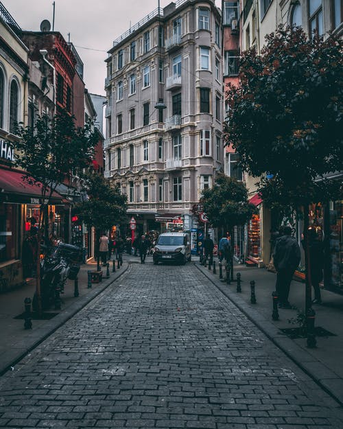 Ingyenes stockfotó belváros, bevásárlás, emberek, építészet témában