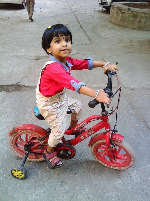 Бесплатное стоковое фото с велосипед, мотоциклист