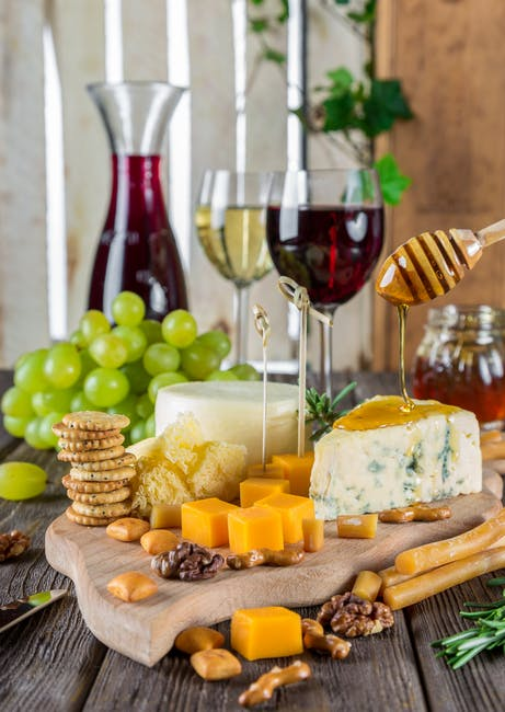 Food and Wine Gift Guide for Wine Lovers