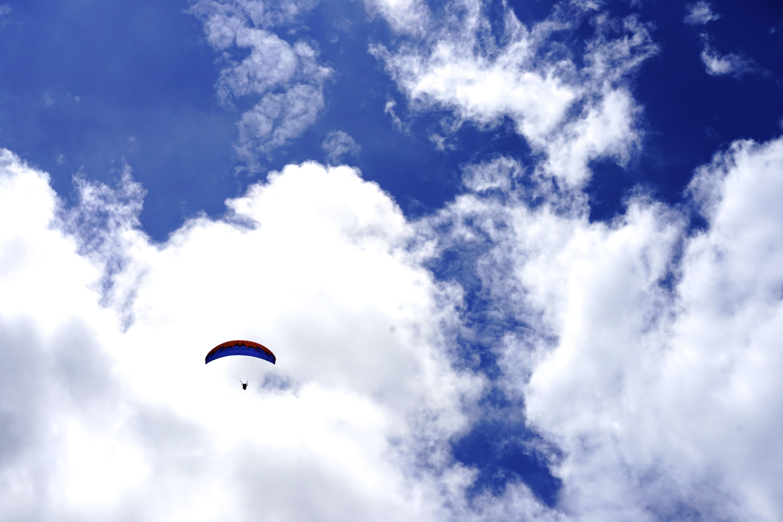 Gratis lagerfoto af ballon, dagslys, eventyr, faldskærm