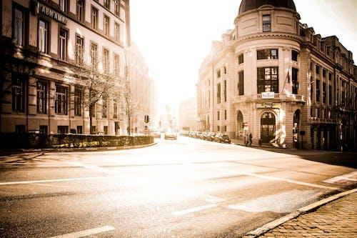 Gratis lagerfoto af arkitektur, by, bygninger, gade