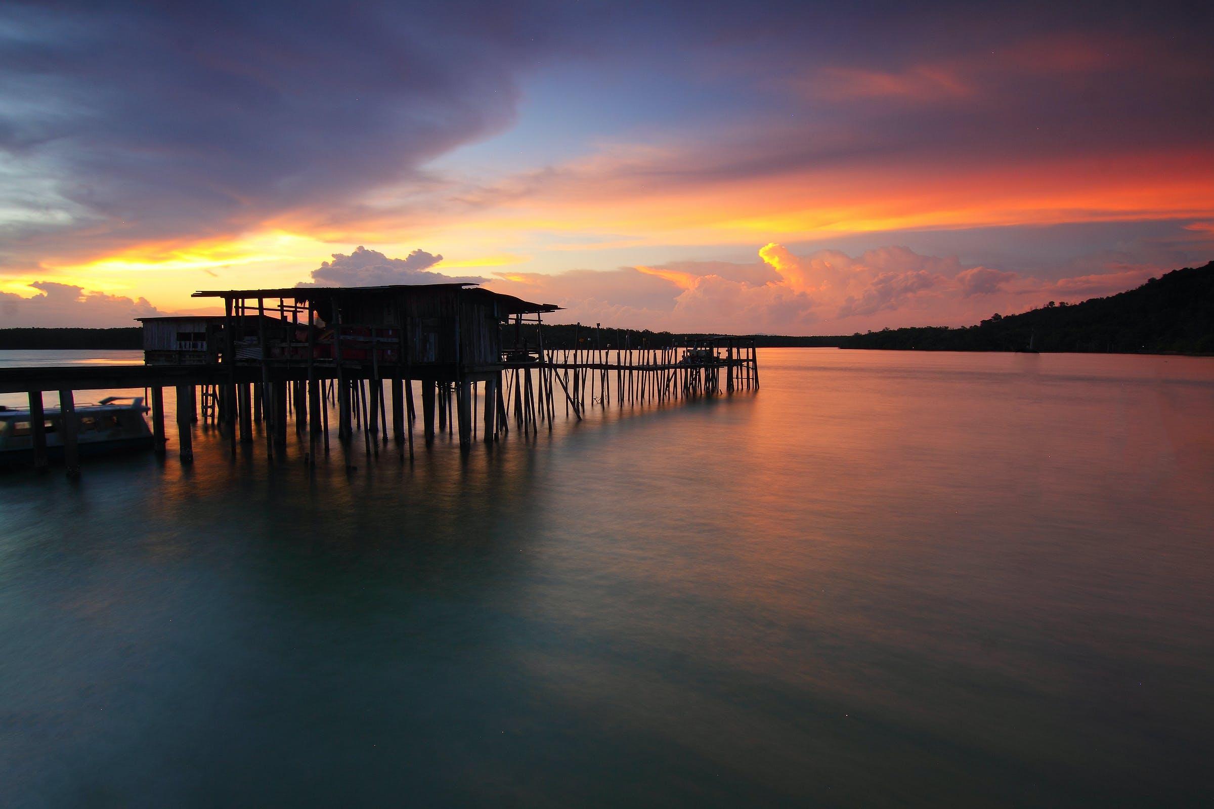 Gratis lagerfoto af aften, anløbsbro, båd, badebro