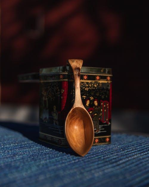 Základová fotografie zdarma na téma dřevěná lžíce, dřevo, kontejner, kuchyňské potřeby