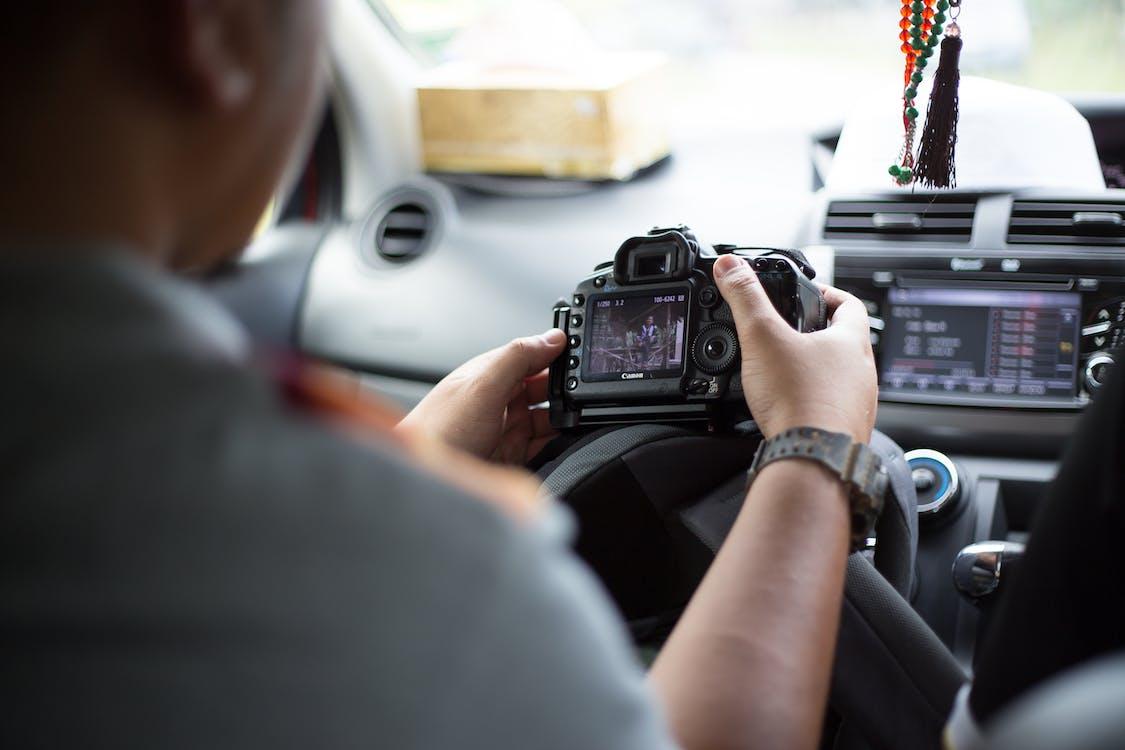 aparat de fotografiat, aparat foto, automobil