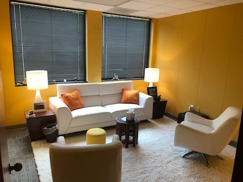 Gratis lagerfoto af indretning, kontor, møbler