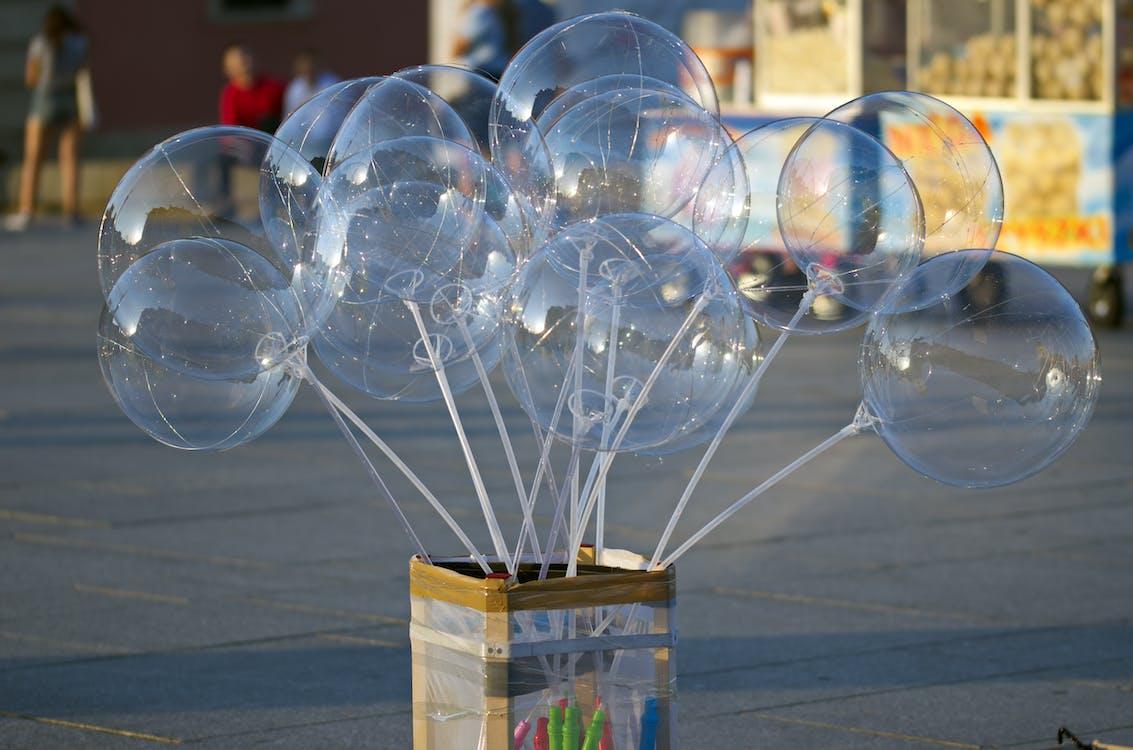 alee pietonală, atracție turistică, baloane