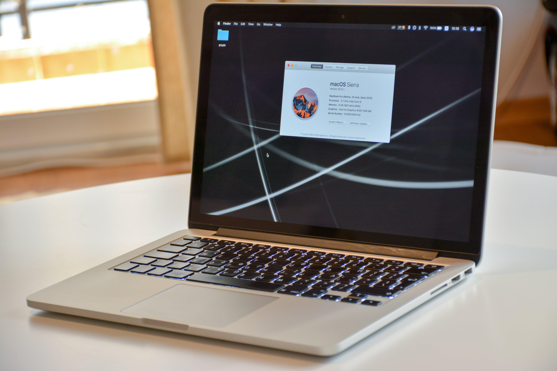 Kostenloses Stock Foto zu apfel, laptop, macbook pro, macbook