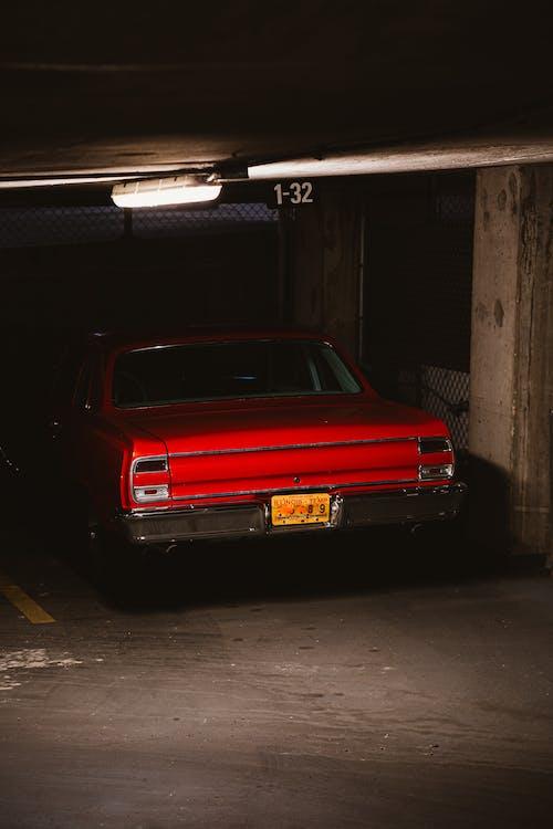 Immagine gratuita di abbandonato, automotive, box auto, incidente