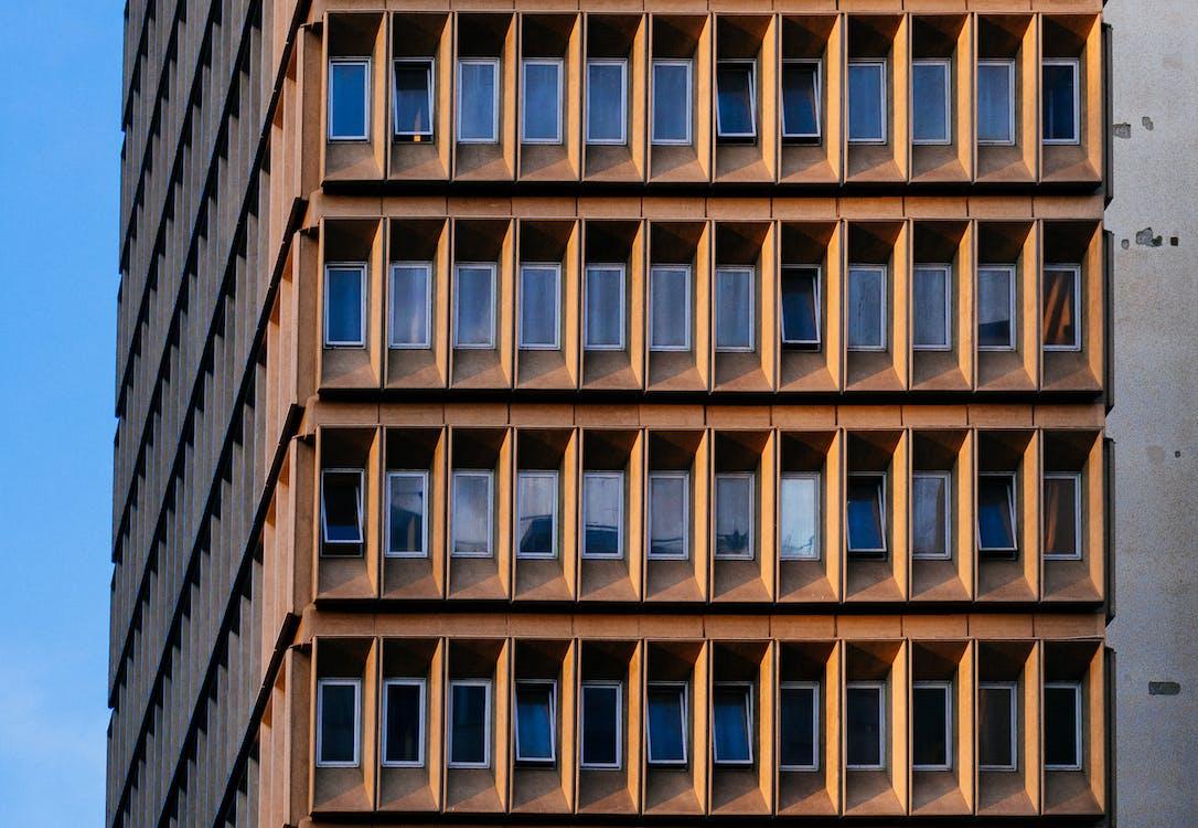 ภายนอก, สถาปัตยกรรม, สถาปัตยกรรมสมัยใหม่