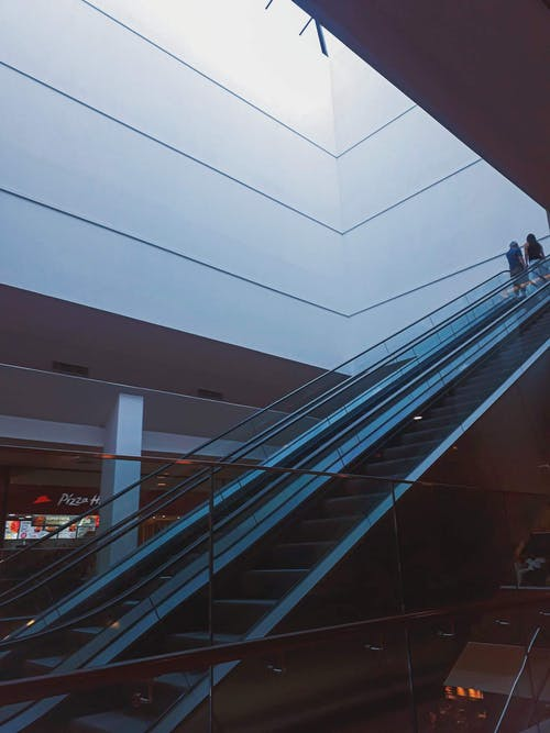 Základová fotografie zdarma na téma architektura, budova, eskalátory
