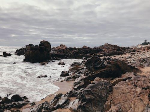 akşam karanlığı, bulutlar, deniz, deniz manzarası içeren Ücretsiz stok fotoğraf