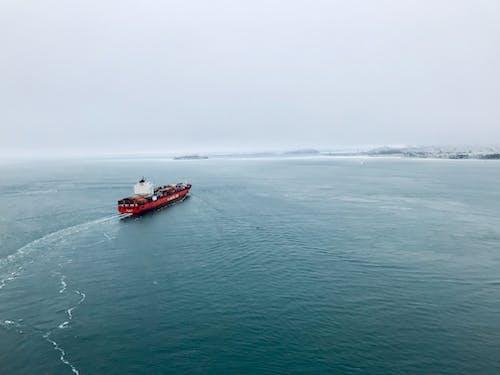 Kostnadsfri bild av containerfartyg, Golden Gate-bron, morgon