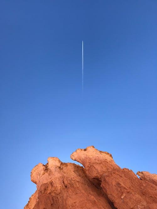 Gratis arkivbilde med #models, bergformasjon, blå himmel, dagslys