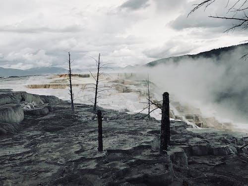 Immagine gratuita di cielo nuvoloso, geyser, morte, scuro