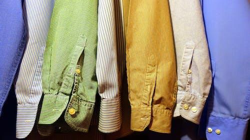 Kostnadsfri bild av färgrik, formell, garderob, hängande