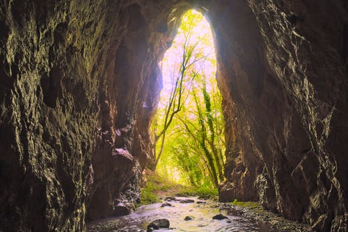 Gratis stockfoto met grotten, rotsen