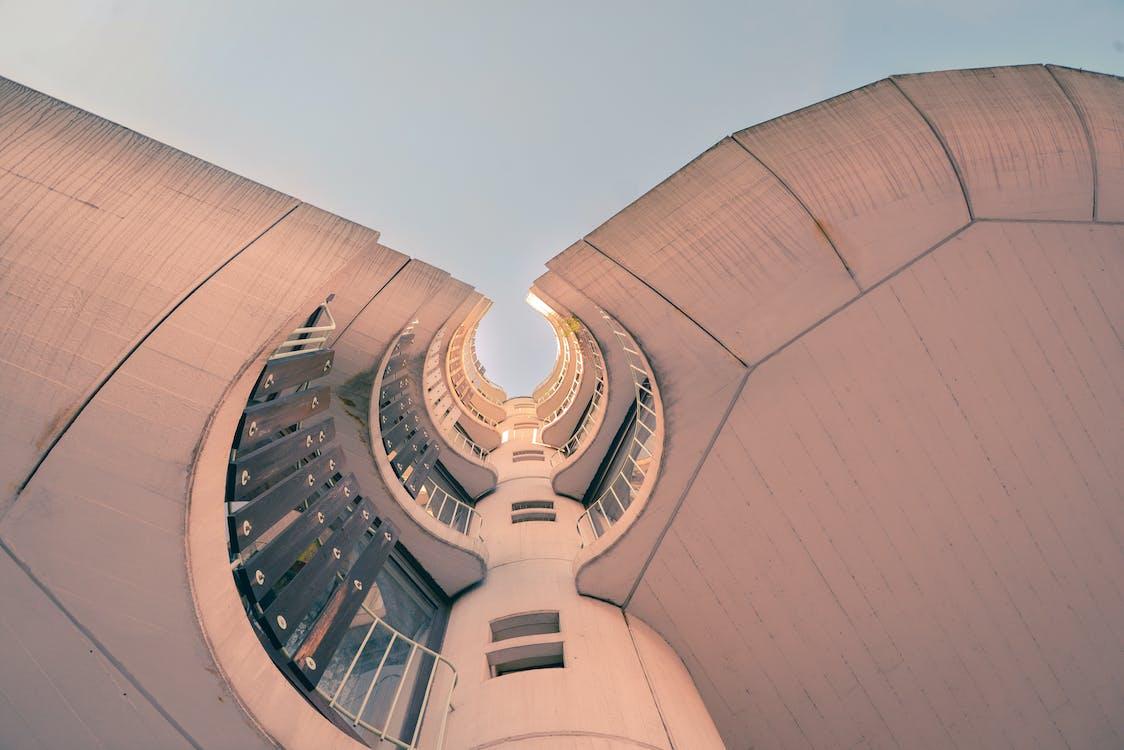 архітектура, Будівля, жаб'яча перспектива
