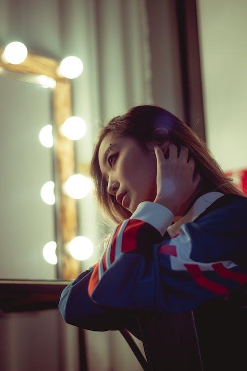 азіатська дівчина, азіатська жінка, віддзеркалення