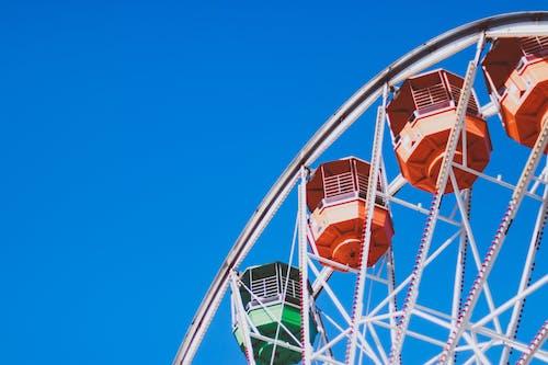 Foto d'estoc gratuïta de assolellat, atraccions, carnaval, cel