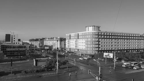 Fotobanka sbezplatnými fotkami na tému omsk, po daždi, Rusko, ulica