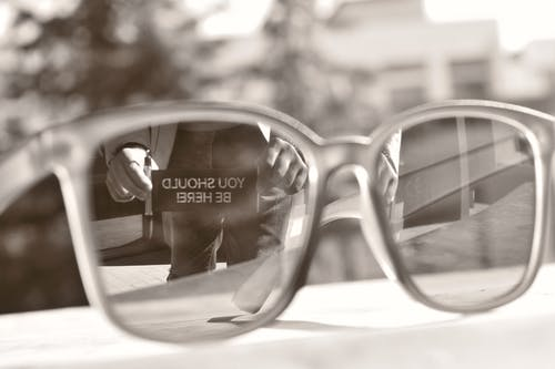 Gratis stockfoto met reflectie, zonnebril