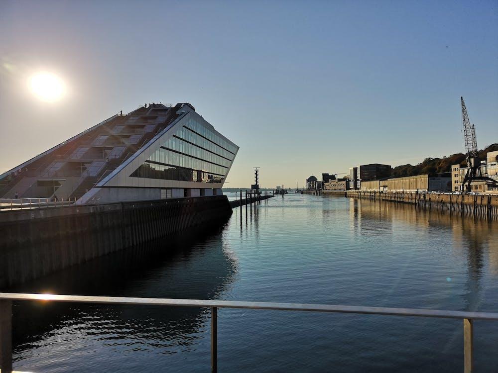 Gratis stockfoto met architectuur, dockland, docklands
