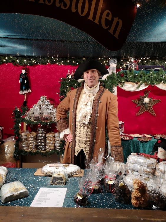 Free stock photo of christmas, christmas market, fruit loaf
