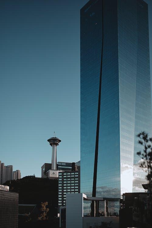 Arsitektur, Arsitektur modern, bangunan