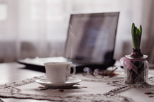 Foto d'estoc gratuïta de atractiu, beguda, boda, cafè