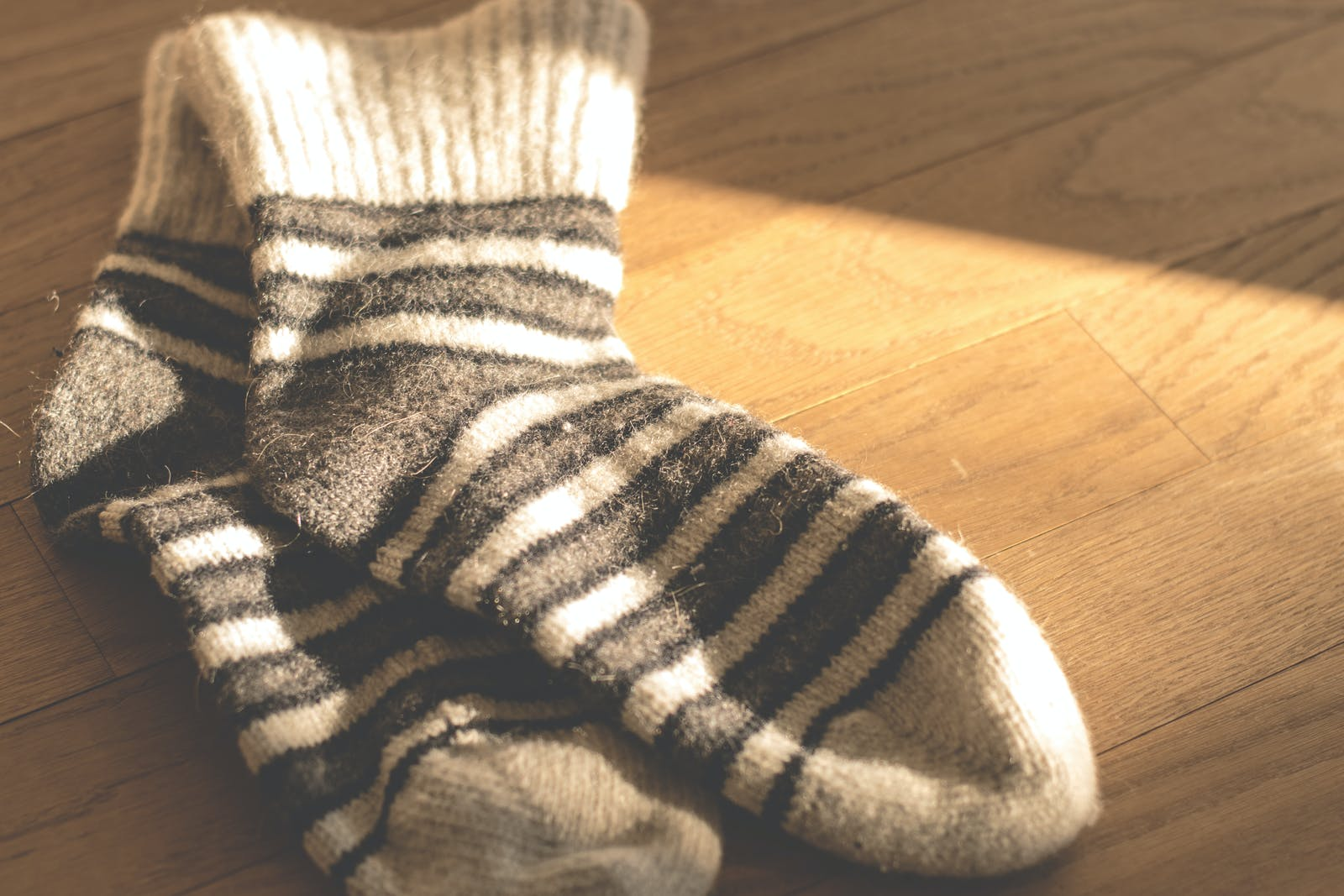 Changing Yarns for Striped Socks