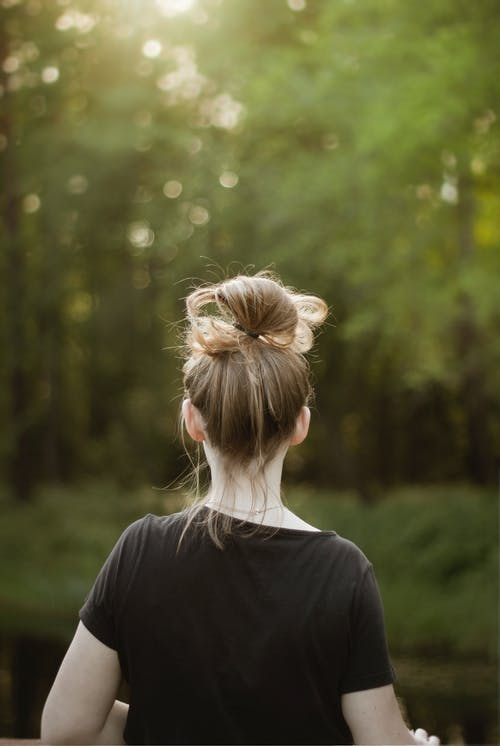 Fotos de stock gratuitas de al aire libre, atrás, bokeh, cabello
