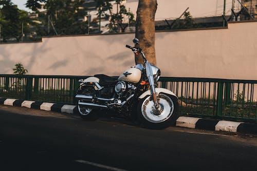 Immagine gratuita di all'aperto, automotive, bicicletta, chopper