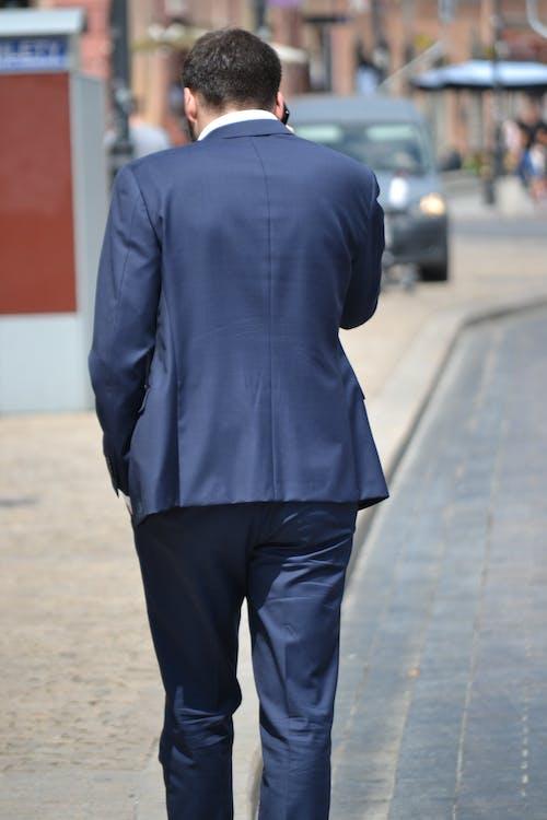 Fotobanka sbezplatnými fotkami na tému autá, budovy, človek, elegantný
